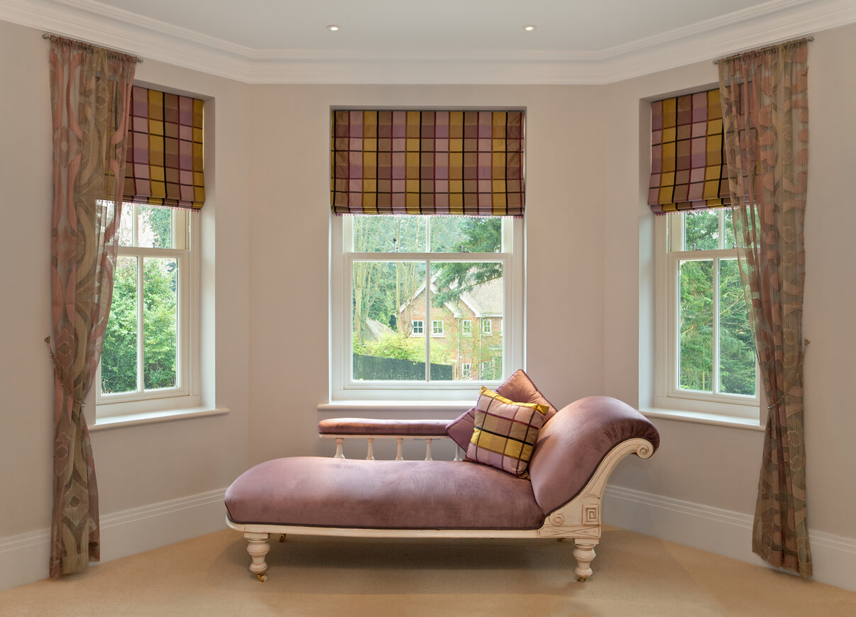 bay window roman blinds