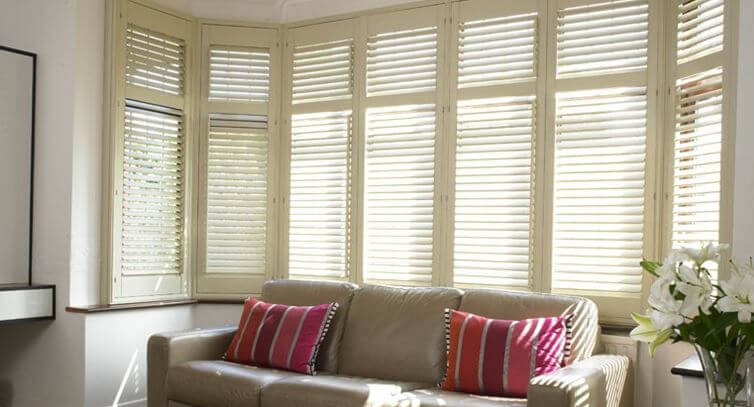 Top Tips For Beautiful Bay Window Blinds